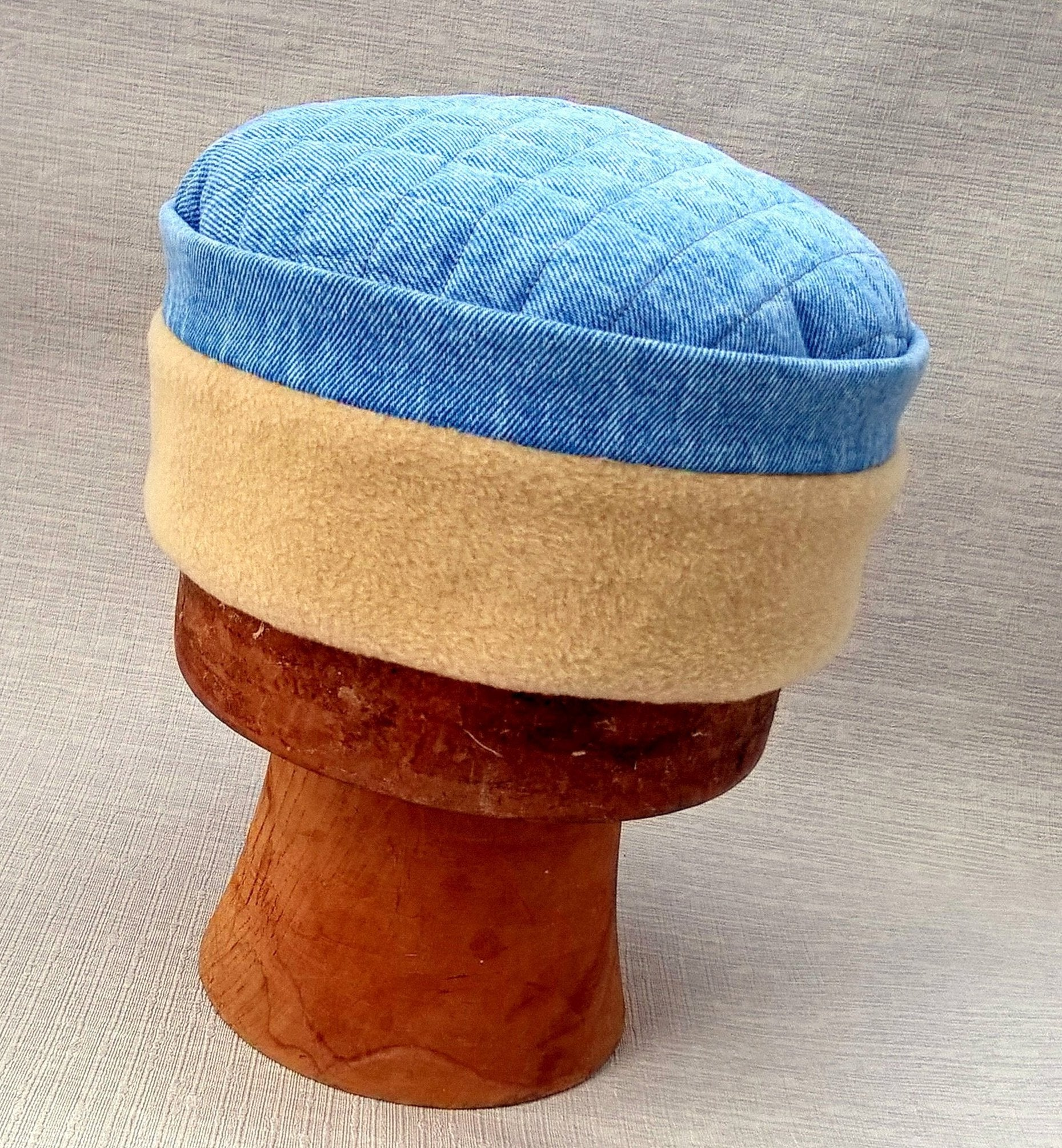 Bleach denim skullcap with camel fleece crown