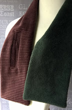 Load image into Gallery viewer, Brown corduroy fleece lined keyhole cravat