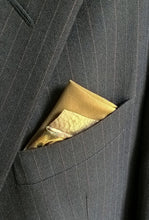 Load image into Gallery viewer, Green Pocket Square with Animal Print, Mens Fashion Pre Folded Suit Accessories