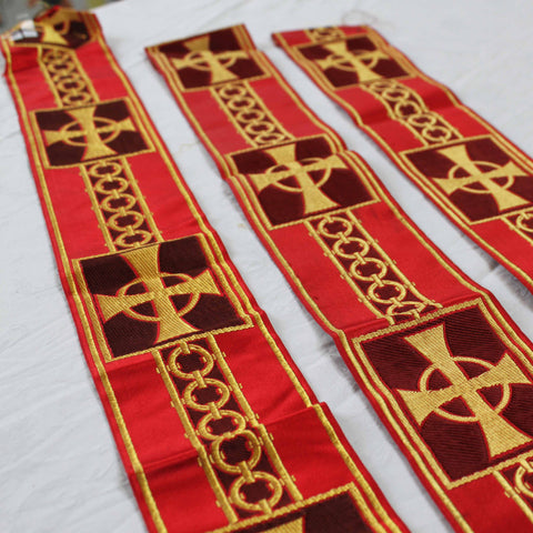 Burgandy and Gold Cross and chain Design Ribbon