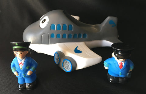 Tub Toy Airplane with two Flight Crew   Toys