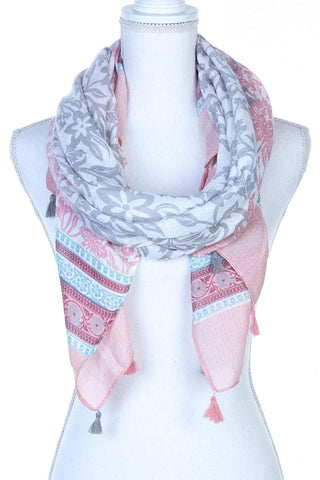 Filigree Pattern Tassel Trim Scarf