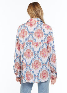 ARATTA-Fashion-Rosa-Blouse-Worn-by-a-Beautiful-Woman-ED20A312D-4
