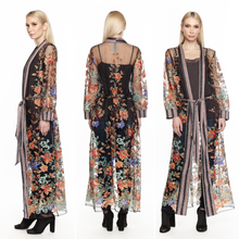 Aratta-Fashion-Spectacular-Embroidered-Maxi-Kimono-Worn-by-a-Beautiful-Woman-ED19H79