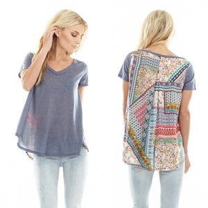 Beautiful-Woman-Wearing-Aratta-Elio-Tee-Shirt-ED18EF33AR