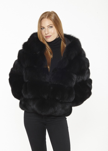 Beautiful-Woman-Wearing-Genuine-Blue-Fox-Fur-Jacket-by-Linda-Richards-FX296