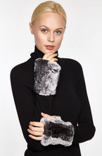 Beautiful-Woman-Wearing-Genuine-Rex-Rabbit-Fur-Handwarmers-from-Linda-Richards-New-York-HW01