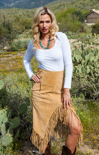 Beautiful-Woman-Wearing-Long-Suede-Fringed-Skirt-by-Scully-L659