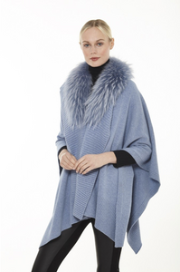 Beautiful-Woman-Wearing-Wool-Shawl-with-Fur-Trim-by-Linda-Richards-KN103
