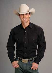 Man-Wearing-Black-Western-Snap-Shirt-by-Stetson
