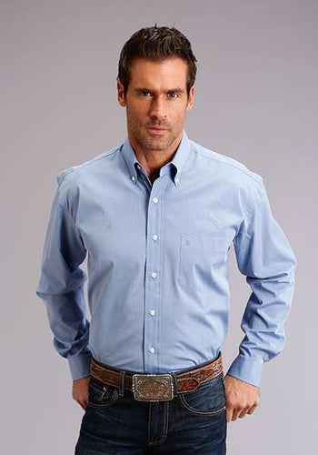 Man-Wearing-French-Blue-Button-Down-Dress-Shirt-by-Stetson
