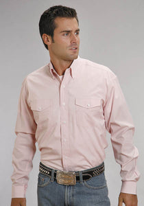 Man-Wearing-Pink-Western-Button-Down-Shirt-by-Stetson