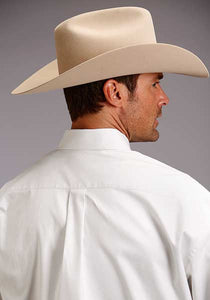 Man-Wearing-White-Button-Down-Dress-Shirt-by-Stetson