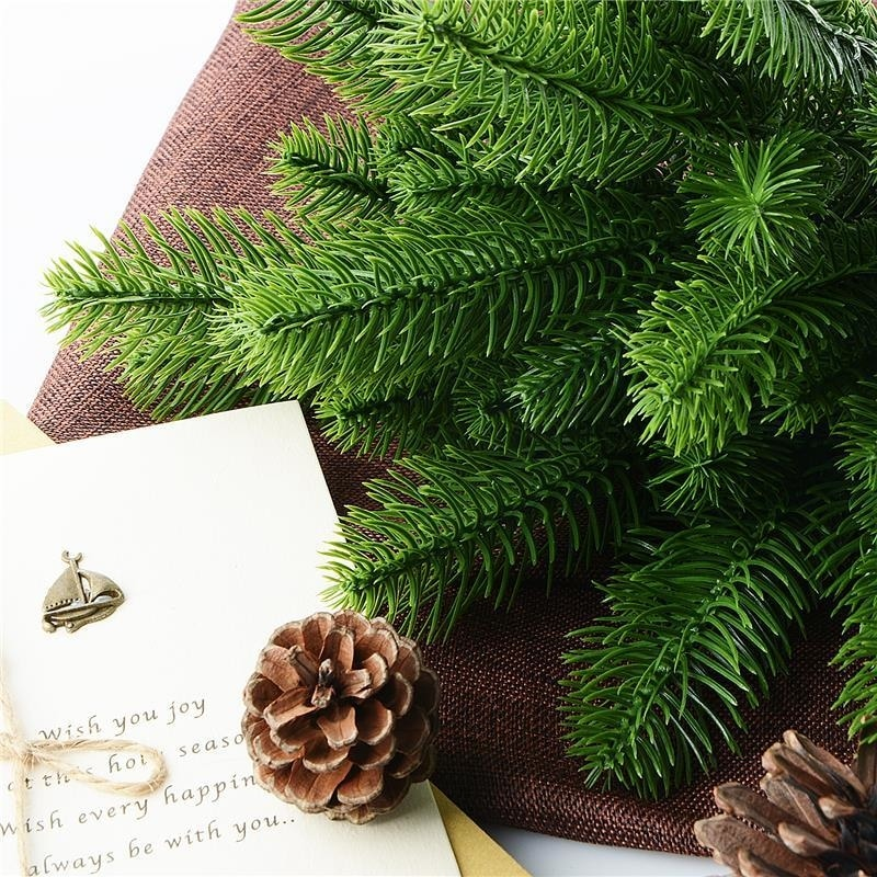 Artificial Christmas Tree Branches.Fir Pine Branches