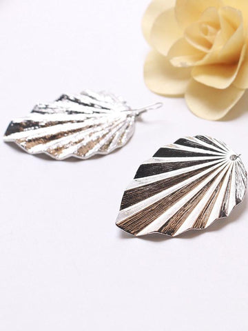 Image of Irregular Leaf Earrings Accessories GOLD FREE SIZE