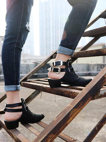 Image of Fashion Double Buckle Pointed Shoes BLACK 42
