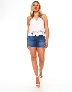 Curvy Womens Basic Shorts - Medium