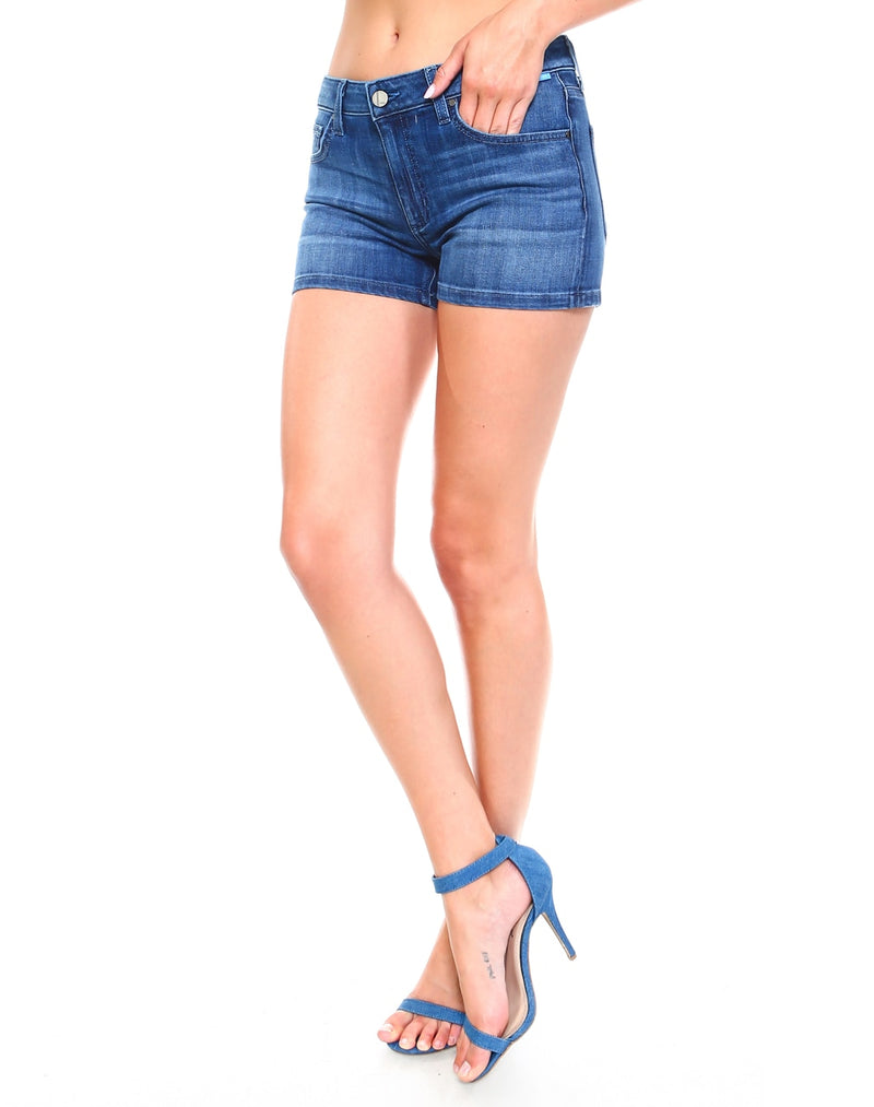Slim Womens Basic Shorts - Medium