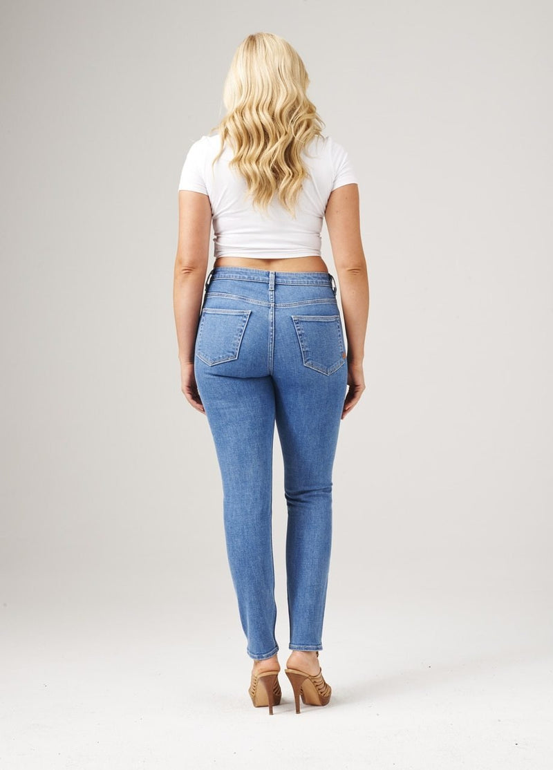Curvy High Waisted Skinny Fit - Fairfax