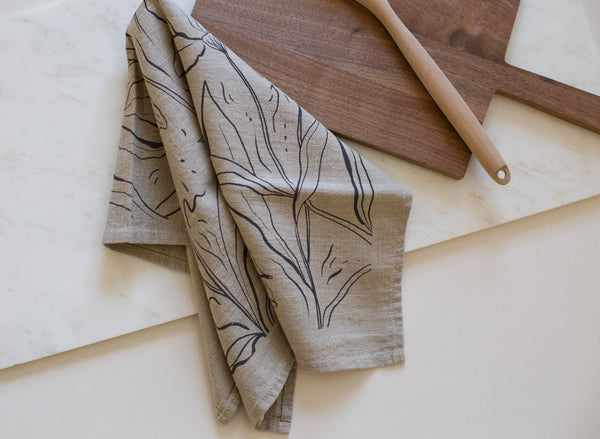 Iris Linen Tea Towel | Natural