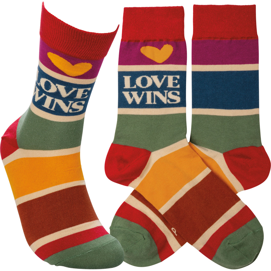 Love Wins / Heart Stripe Socks (Unisex)