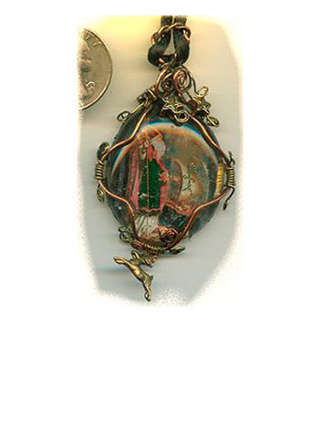 Nicholas Wire Wrapped Pendant with Reindeer - PatriArts Gallery