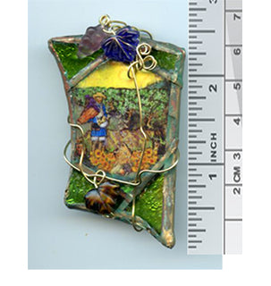 Vincent Bottle Glass Brooch 01 - PatriArts Gallery