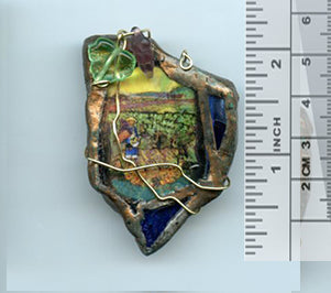 Vincent Bottle Glass Brooch 02 - PatriArts Gallery