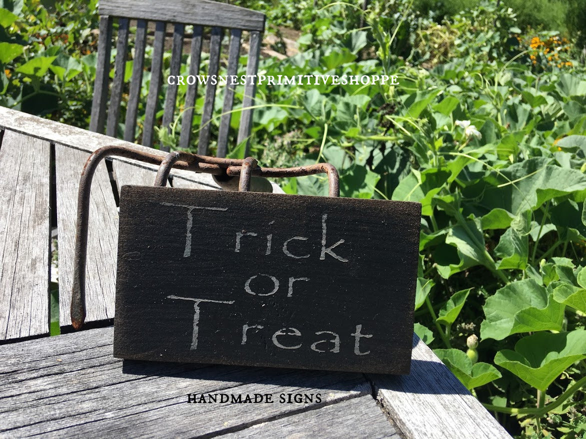 Wooden Sign- Trick Or Treat