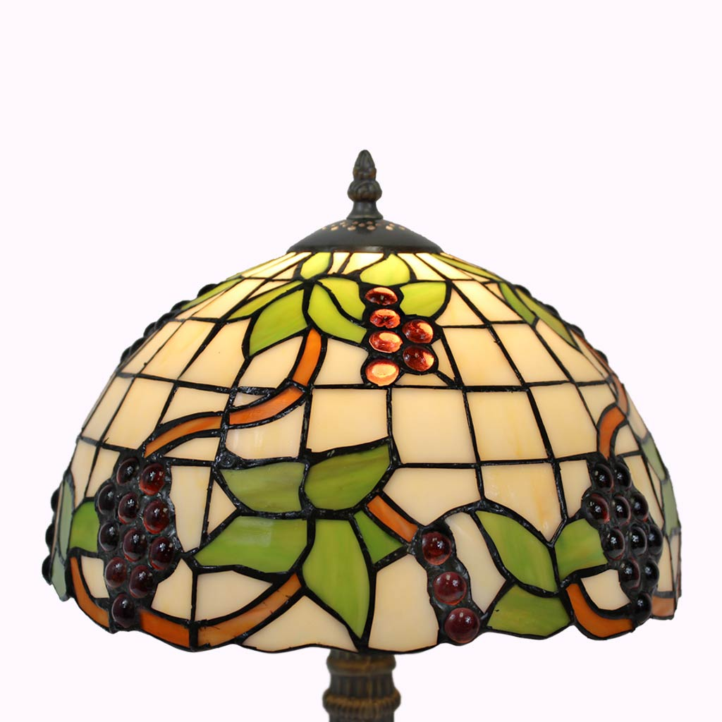 Vineyard Tiffany Table Lamp
