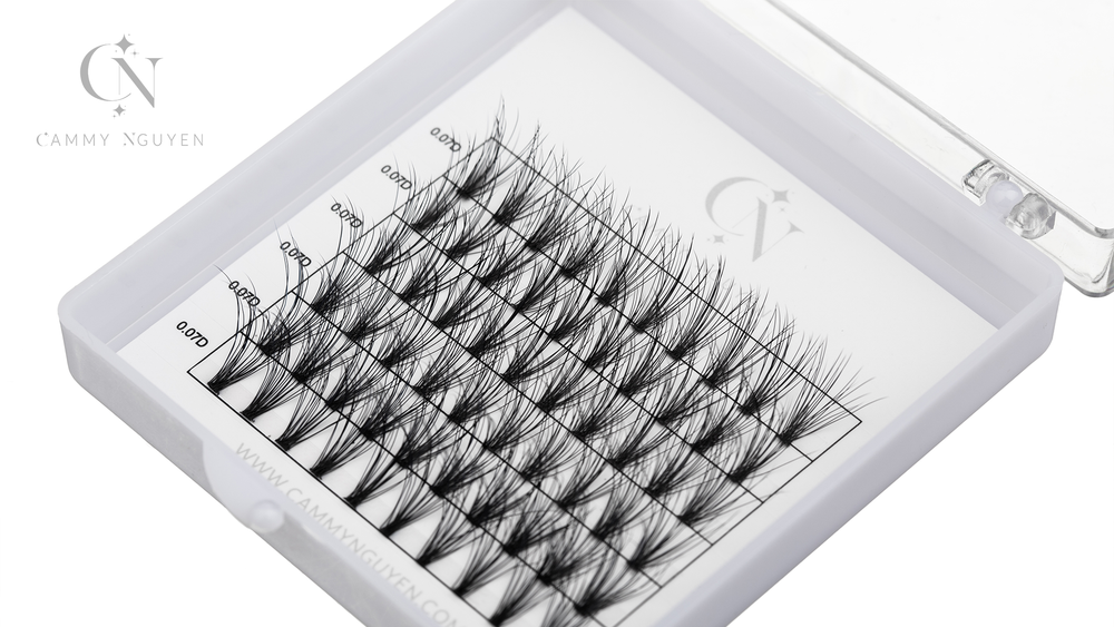 .07 Cluster Lashes