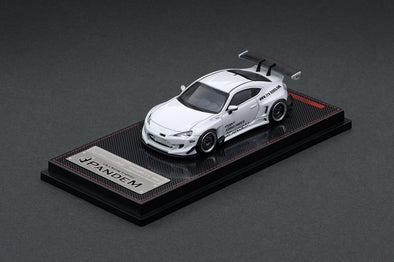 Ignition Models 1/64  PANDEM TOYOTA 86 V3 White Metallic - IG1750