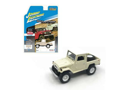 Johnny Lightning x Mijo 1/64 1980 Toyota Land Cruiser, cream/white