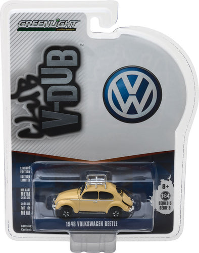 GreenLight 1/64 Club Vee-Dub Series 5 - 1948 Volkswagen Split Window Beetle with Roof Rack Solid Pack  #29870-A