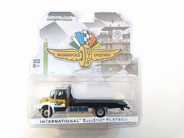 GreenLight 1/64 2017 International Durastar 4400 Indianapolis Motor Speedway Wheel, Wings & Flag Flatbed Truck (Hobby Exclusive) - #29905