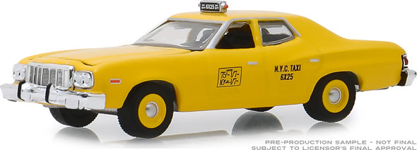 GreenLight 1/64 1975 Ford Torino - NYC Taxi (Hobby Exclusive) #30058