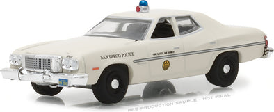 GreenLight 1/64  Hot Pursuit Series 27 - 1975 Gran Ford Torino - San Diego, California Police Solid Pack #42840-A