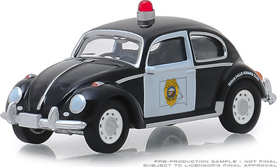 GreenLight 1/64 Hot Pursuit Series 31 - Classic Volkswagen Beetle - Sioux Falls, South Dakota Police Solid Pack #42880-F