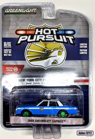 """GREEN MACHINE"" GreenLight 1/64 Hot Pursuit Series 32 - 1990 Chevrolet Caprice New York City Police Dept (NYPD) #42890-C"