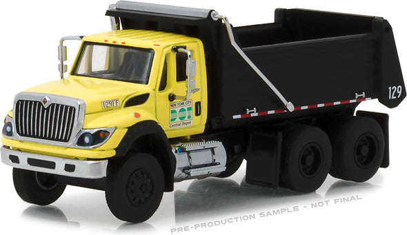 GreenLight 1/64 S.D. Trucks Series 2 - 2017 International WorkStar Dump Truck - New York City DOT Solid Pack - #45020-A