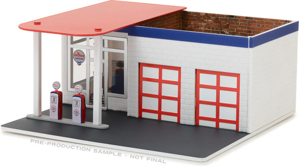 GreenLight 1/64 Mechanic's Corner Series 2 - Vintage Gas Station Chevron Solid Pack  - #57022