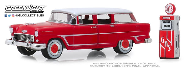 GreenLight 1/64 The Hobby Shop Series 7 - 1955 Chevrolet Two-Ten Townsman with Vintage Gas Pump Solid Pack - #97070-A