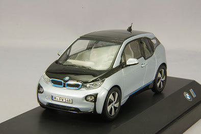 BMW Dealer Edition 1/43 BMW i3 (2013) ionic silver by Paragon Models
