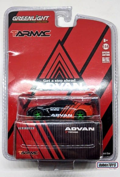 """CHASE CAR"" - Tarmac Works x GreenLight 1/64 2015 Nissan GT-R (R35) Yokohama ADVAN - #51084"