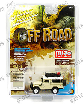 Johnny Lighting 1/64 Mijo Toyota Land Cruiser 1980 Hardtop with Rack Sand