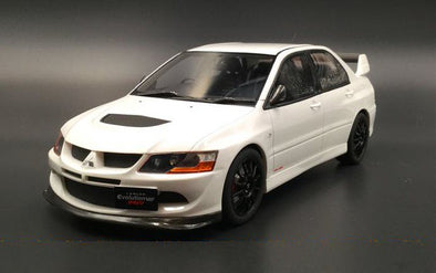 Otto Mobile 1/18 Mitsubishi Lancer Evo 8 MR FQ-400 (White) (CLDC Exclusive) - OT777