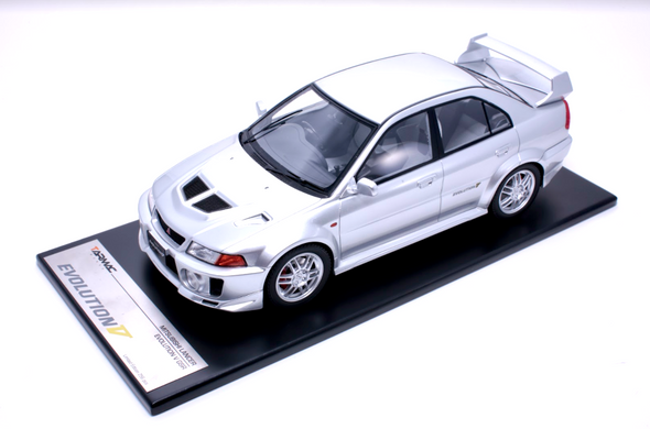 Tarmac Works 1/18 Mitsubishi Lancer Evolution V GSR Metallic Silver - T03-SL