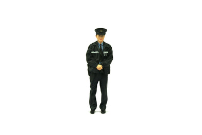Tiny 1/18 Resin Figure -  Police in winter uniform (Male) 冬季制服警察 (男) -   ATRF18002