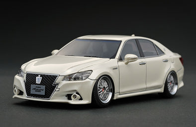 Ignition Models 1/43 Toyota Crown Athlete G White- IG0394