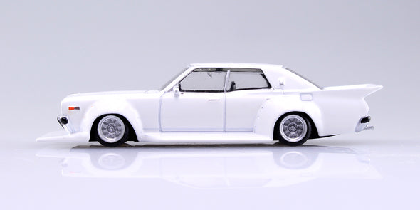 Aoshima 1/64 Grand Champion Collection 10 - Nissan Cedric 1977 (330) White 330セドリック #1